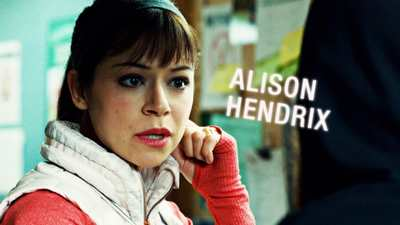 Alison : caractère coincée et maniaque du contrôle en un mot conservatrice.