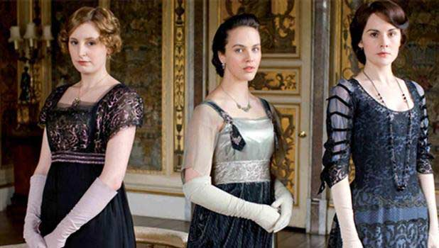 downton-abbey-modes-annees20-costumes
