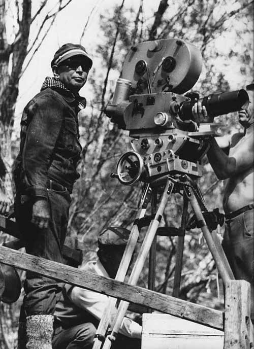 Akira-Kurosawa-realisateur-scenariste-culte