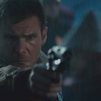 Harrison-Ford-est-Deckard-dans-Bladerunner-blade-runner-film-Ridley- Scott-critique-cinema