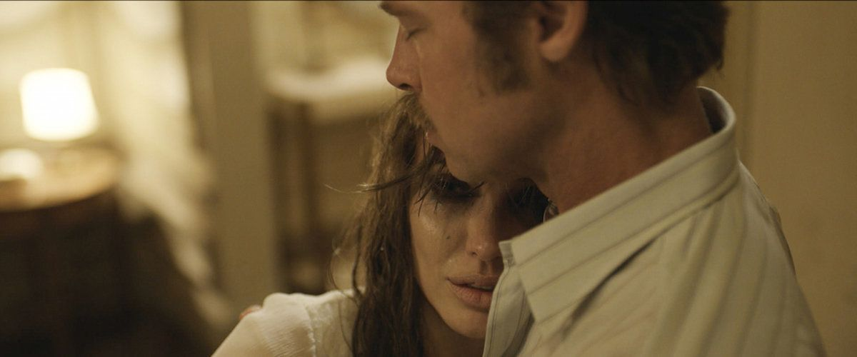 By-the-Sea-movie-review-Brad-Pitt-Angelina-Jolie-critique-cinema-vue-sur-la-mer