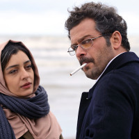 nahid-ida-panahandeh-film-critique-nahid-massoud-plage