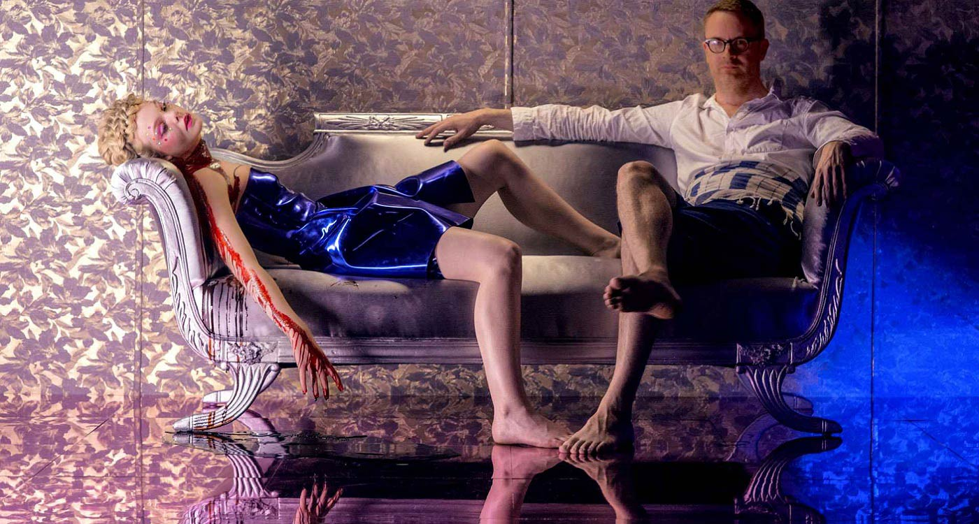 Nicolas-Winding-Refn-the-neon-demon-film-review-conte-cannibale-sur-la-beaute