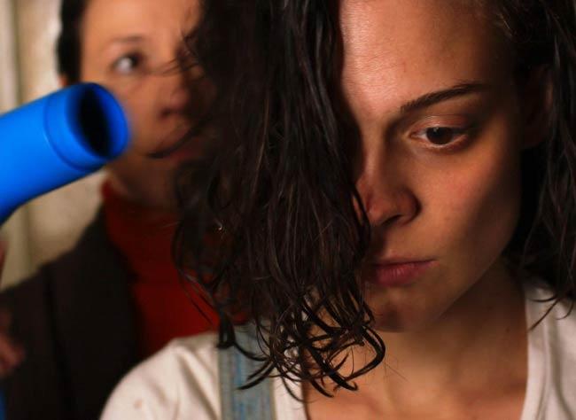 Tesnota-Une-vie-a-l-etroit-Darya-Zhovner-film-festival-cannes2017