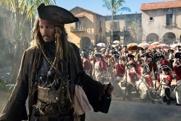 pirates-des-caraibes-la-vengeance-de-salazar-johnny-depp