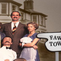 fawlty-towers-serie-john-cleese-connie-booth-critique
