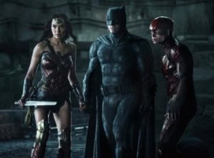 batman-flash-wonderwoman-ezramiller-benaffleck-galgadot