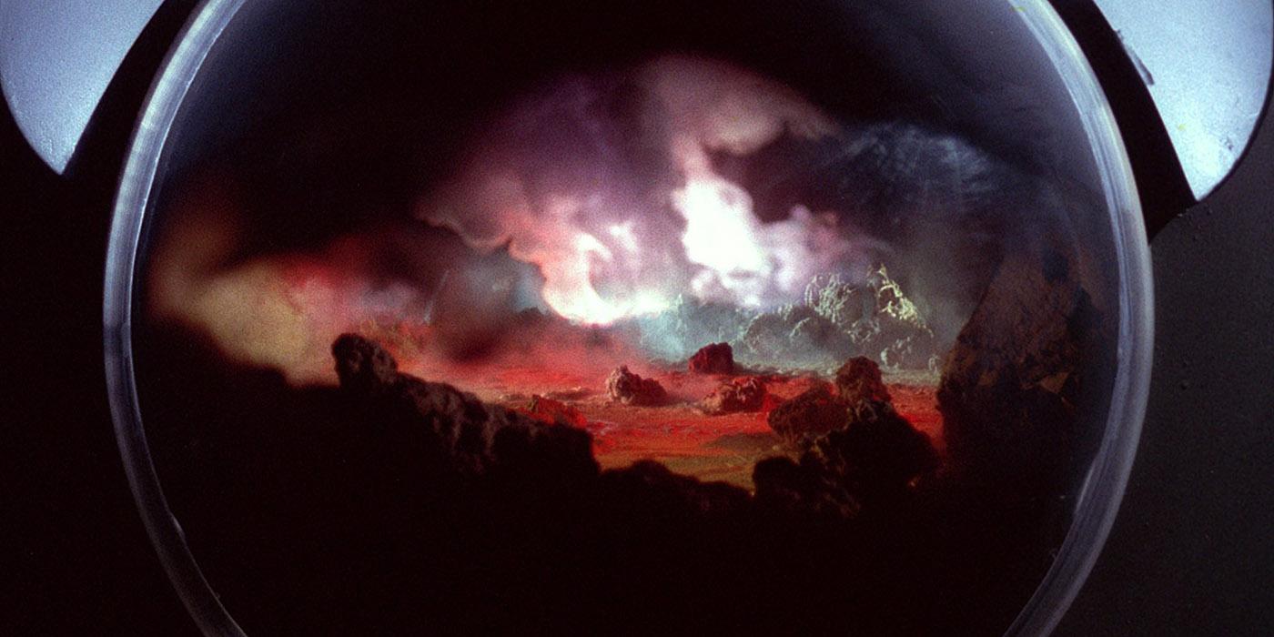 la-planete-des-vampires-de-mario-bava-vous-accueille-de-force-en-coffret-limite-blu-ray-dvd-livret-chez-les-editions-la-rabbia