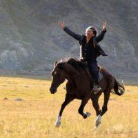 concours-centaure-film-de-et-avec-Aktan-Arym-Kubat-gagnez-places-cinema-movie-centaur
