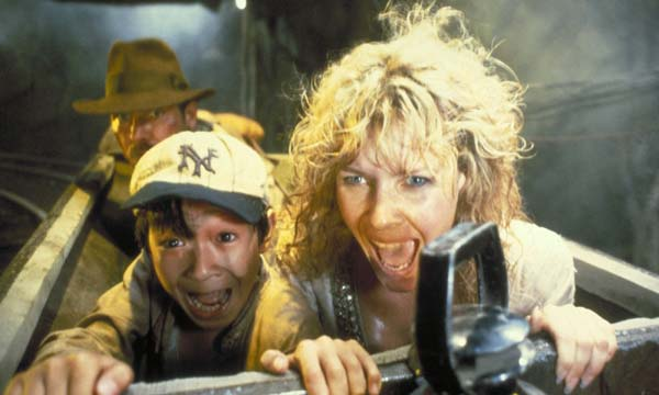 indiana-jones-et-le-temple-maudit-kate-capshawi-retro-spielberg