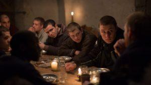 la-priere-cedric-kahn-film-critique-anthony-bajon-groupe-repas