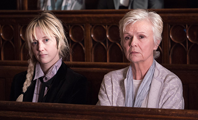 monstre-sacre-national-treasure-mini-serie-arte-andrea-riseborough-julie-walters-jack-thorne-critique.jpg