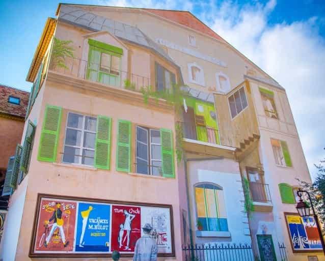 cannes-fresque-hotel-de-la-plage