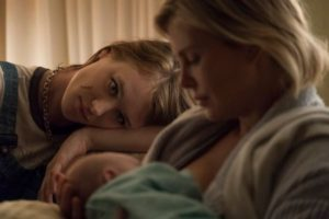 tully-jason-reitman-film-critique-charlize-theron-mackenzie-davis