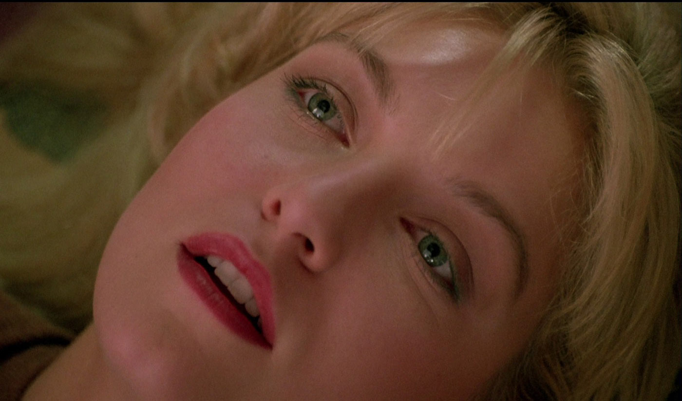 twin-peaks-fire-walk-with-me-film-critique-david-lynch-movie-laura-Palmer