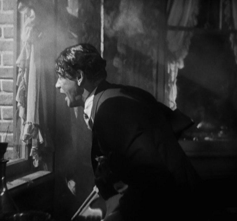 scarface-film-Howard-Hawks-critique-cinema