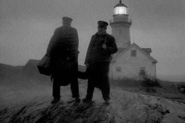 the-lighthouse-film-Robert-Eggers-avec-Willem-Dafoe-et-Robert-Pattinson-jeux-concours-gagnez-places-cinema