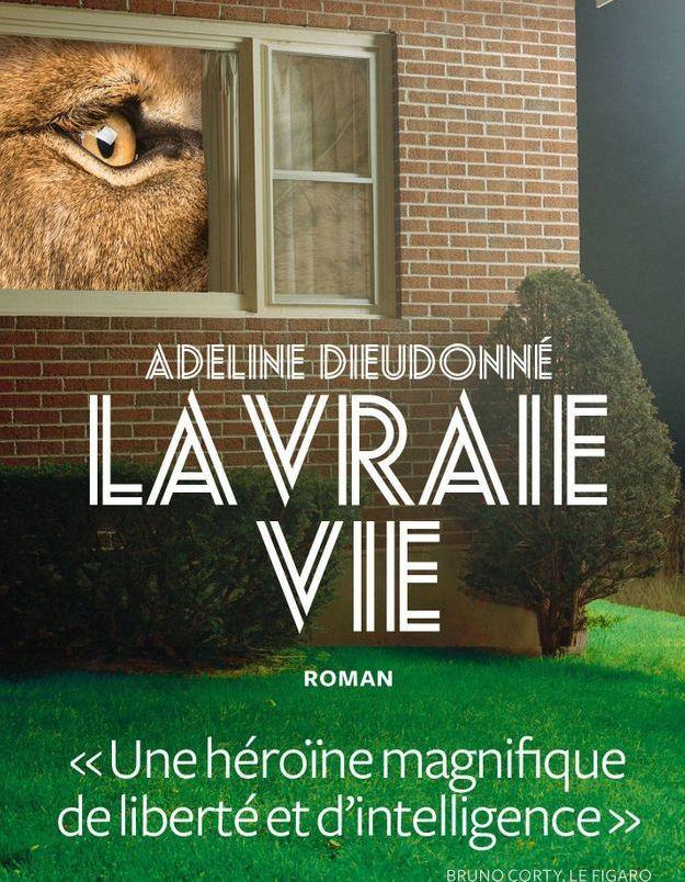 Adeline-Dieudonne-auteure-La-Vraie-vie-le-roman-critique