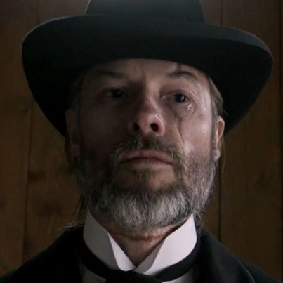 Guy-Pearce-Brimstone