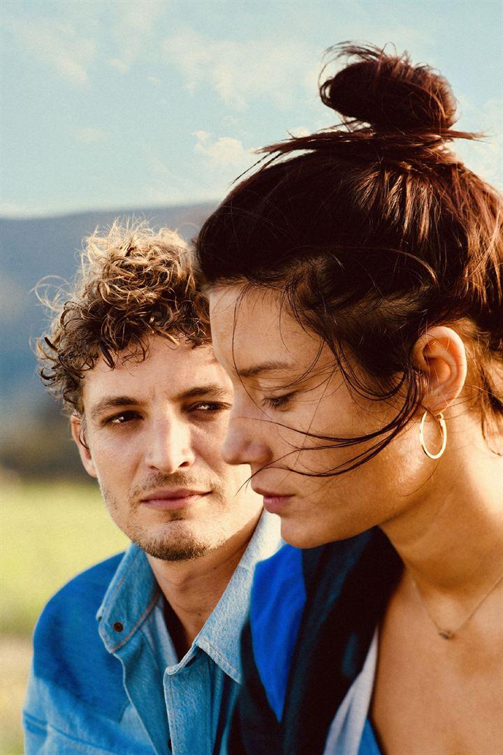 revenir-film-critique-cinema-Adele Exarchopoulos- Niels-Schneider