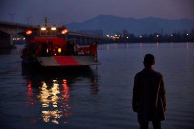 sejour-dans-les-monts-fuchun-film-gu-xiaogang-critique-cinema