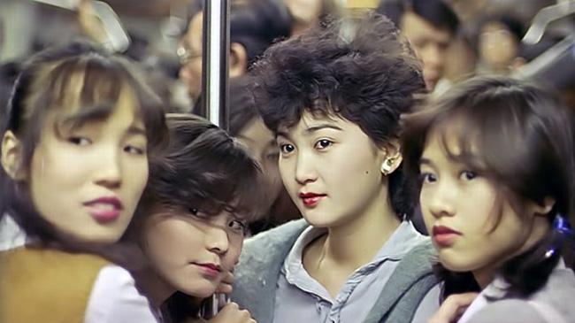 lonely-fifteen-chronique-de-la-vie-adolescente-hong-kongaise-spectrum-films
