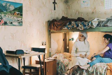 maternal-maura-delpero-film-critique-lidiya-liberman-denise-carrizo-agustina-malale