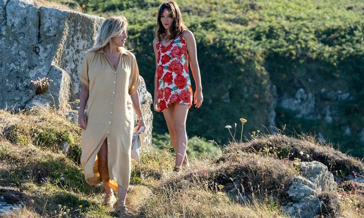 les-amours-anais-charline-bourgeois-taquet-film-critique-anais-demoustier-valeria-bruni-tedeschi
